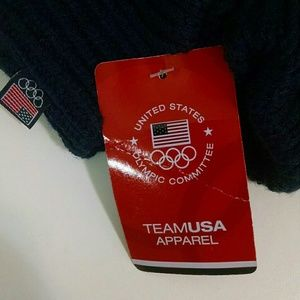 team usa Accessories - Team USA mittens, new with tags